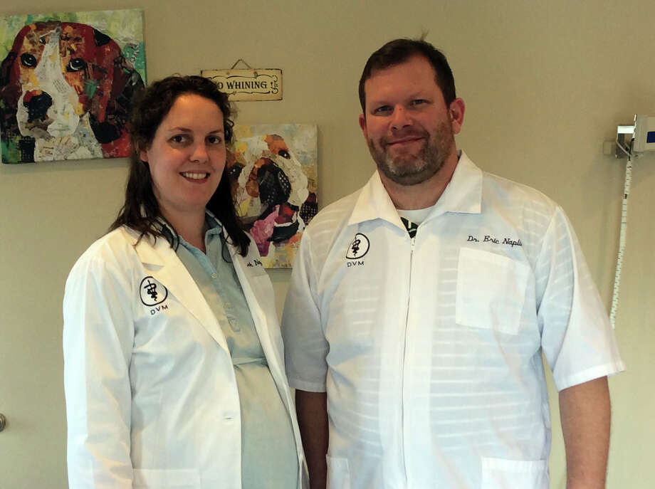 Eric and Leah Naplin recently joined the staff at the Bad Axe Animal Clinic. Photo: Seth Stapleton/Huron Daily Tribune