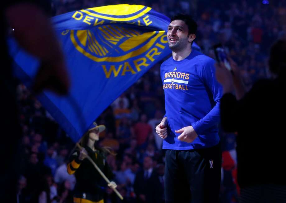 Golden State Warriors' Zaza Pachulia before 106-104 win over Philadelphia 76ers during NBA game at Oracle Arena in Oakland, Calif., on Tuesday, March 14, 2017. Photo: Scott Strazzante, The Chronicle