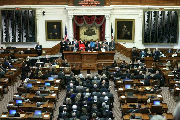 Texas Gov. Greg Abbott delivers the State of the State Address in the House Chamber of the Texas Capitol on Jan. 31, 2017.