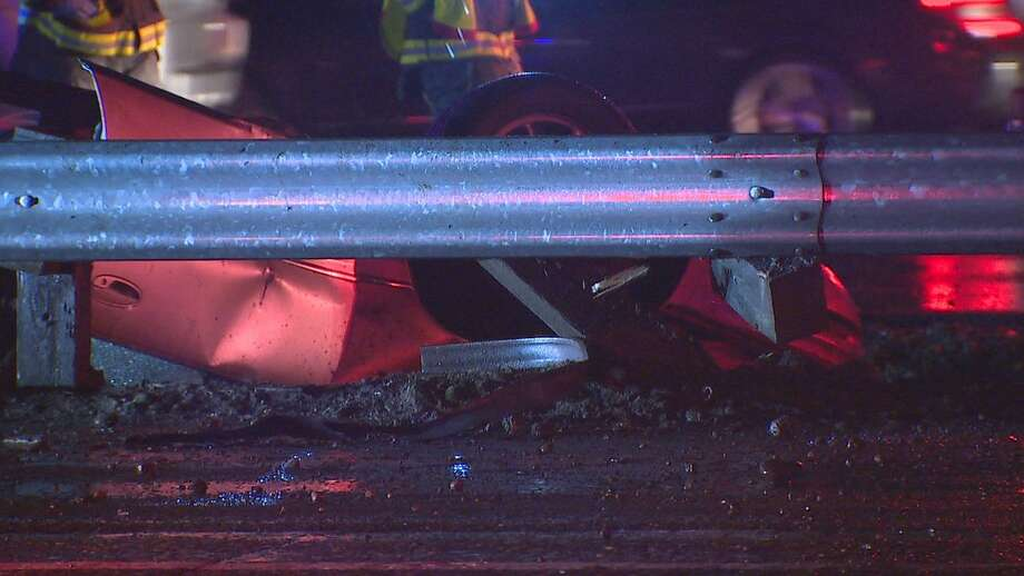 A deadly rollover crash shut down the northbound lanes of Interstate 5 near Kent for hours Friday night. Photo: KOMO NEWS