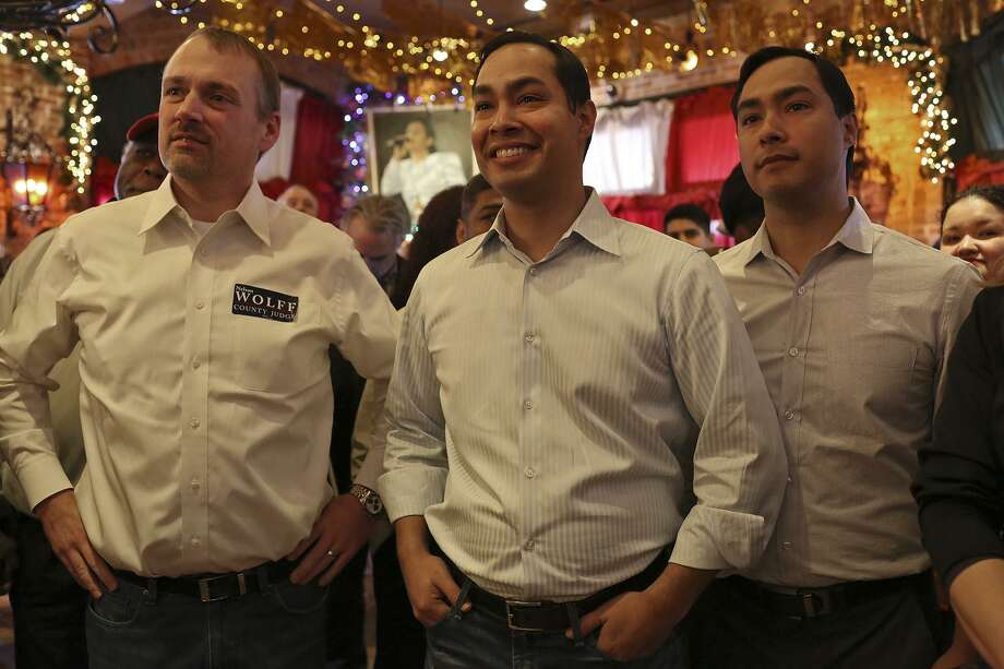 Christian Archer (from left) seen with then-Mayor Julián Castro and Congressman Joaquin Castro in 2014, has a long political history with the Castro brothers. Archer managed Joaquin Castro's 2012 congressional campaign and performing the same duties for the three winning mayoral efforts by Julián Castro. He also handled the 2012 referendum effort for Julián Castro's legacy project, Pre-K 4 SA Photo: Lisa Krantz /San Antonio Express-News / San Antonio Express-News