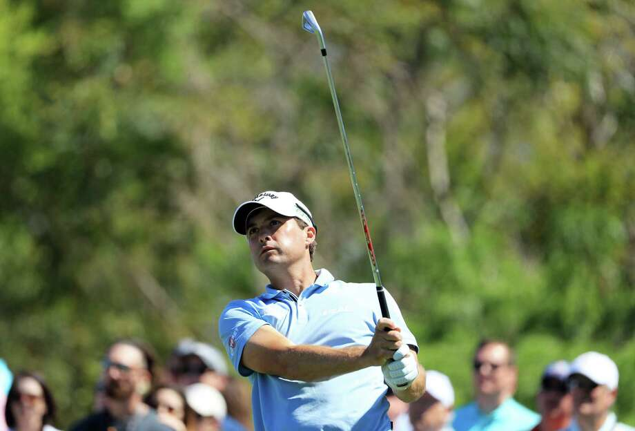 ORLANDO, FL - MARCH 18:  Kevin Kisner of the United States plays his shot from the seventh tee during the third round of the Arnold Palmer Invitational Presented By MasterCard at Bay Hill Club and Lodge on March 18, 2017 in Orlando, Florida.  (Photo by Richard Heathcote/Getty Images) ORG XMIT: 686970025 Photo: Richard Heathcote / 2017 Getty Images