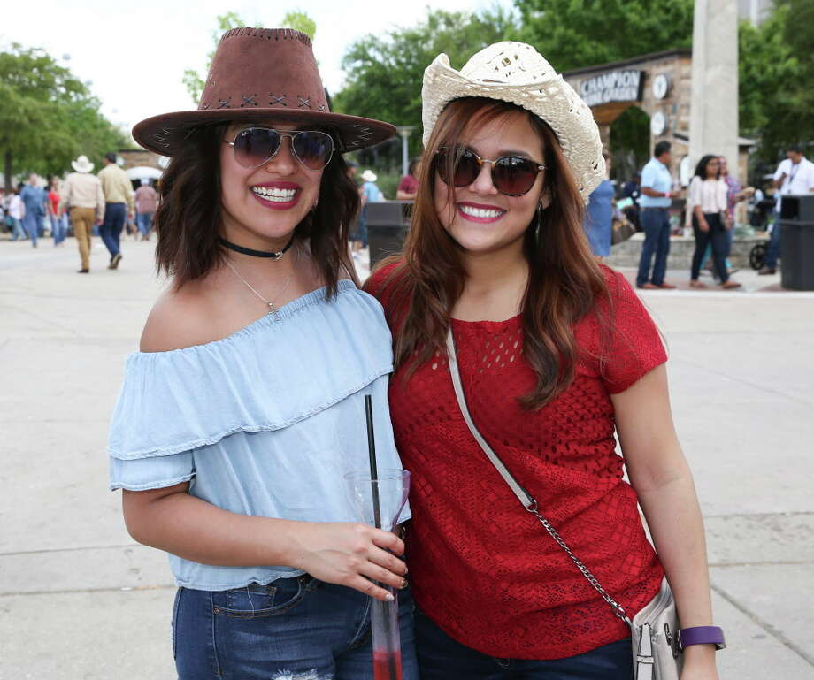 Fans of Houston Livestock Show & Rodeo and Banda El Recodo and Siggno pose for a photo before the show Sunday, March 19, 2017, in Houston. Photo: Yi-Chin Lee, Houston Chronicle / © 2017  Houston Chronicle