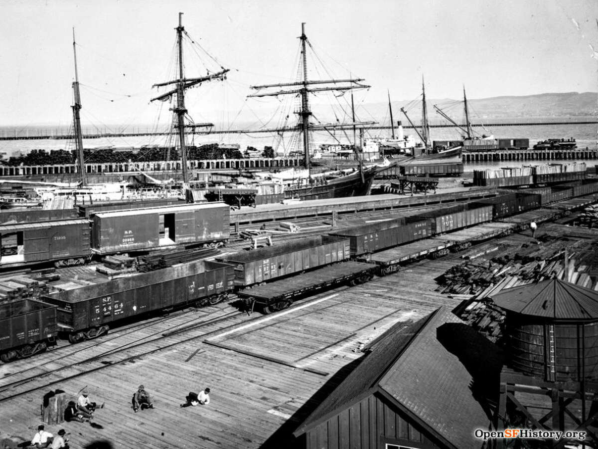 Oakland was a better place than San Francisco for rail cargo and commerce.