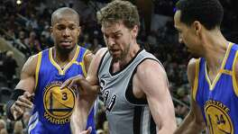 Former Spur David West (left) signed a one-year deal with Golden State last year.