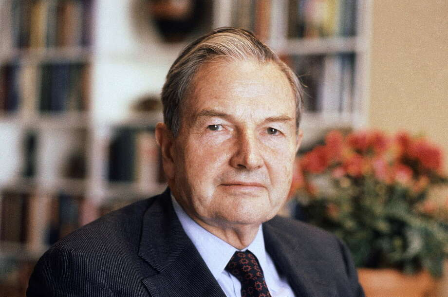 FILE - In this April 31, 1981, file photo, David Rockefeller poses for a photograph. The billionaire philanthropist who was the last of his generation in the famously philanthropic Rockefeller family died, Monday, March 20, 2017, according to a family spokesman. (AP Photo/D. Pickoff, File) ORG XMIT: NYR101 Photo: D. Pickoff / Copyright 2017 The Associated Press. All rights reserved.