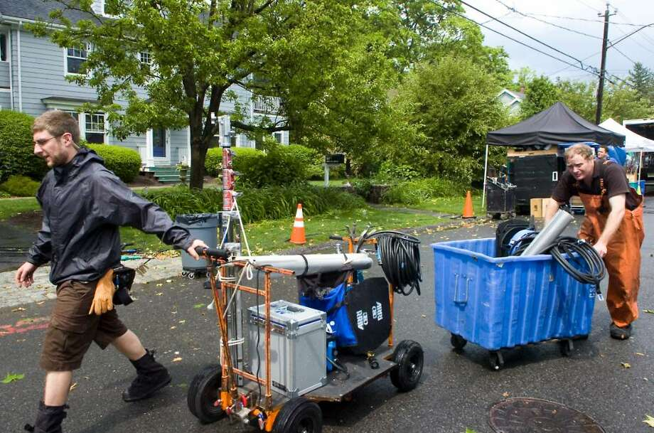 "The crew works on the set of Showtime's ""The Big C"" as they shoot an episode on Verplank Ave. in Stamford, Conn. on Tuesday June 1, 2010. Photo: Kathleen O'Rourke / Stamford Advocate"