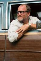 """Unfiltered loner Wilson (Woody Harrelson) tries to reconnect with the world in the comedy """"Wilson.""""  Credit: Fox Searchlight Pictures"""