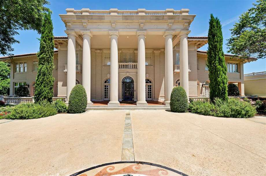 PHOTOS: A Fort Worth home with a unique pastDesigned and built in the early 1900s, one of the largest original estates in the Fort Worth area is currently up for sale for $8 million. The famous Baldridge House in Tarrant County is being sold by Giordano, Wegman, Walsh and Associates, an affiliate of Christie's International Real Estate.Click through to get a tour of the home... Photo: Photos By: Charles Lauersdorf, Realty Pro Shots