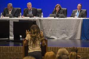 Patricia Hernandez address the MISD Board 03-20-17 about reassigning students living in the 349 corridor to a school other than Fasken Elementary. Tim Fischer/Reporter-Telegram