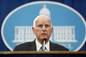 Gov. Jerry Brown at the State Capitol building in Sacramento, Calif., on Jan. 10, 2017. (Gary Coronado/Los Angeles Times/TNS)