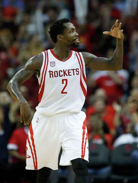 Houston Rockets guard Patrick Beverley (2) celebrates his three-point basket during the second half Monday, March 20, 2017, at the Toyota Center, in Houston.  ( Karen Warren / Houston Chronicle ) Photo: Karen Warren, Staff Photographer / 2017 Houston Chronicle