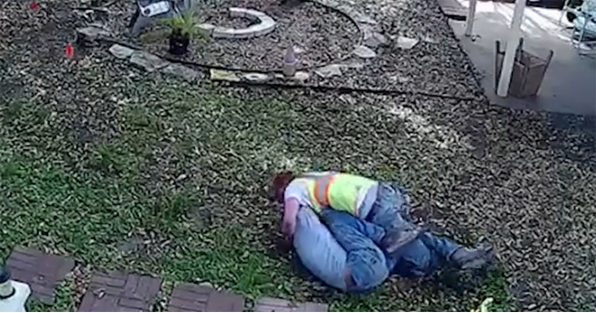 Backyard Girl Fights Part - 26: S.A. Homeowner Catches Internet Installer U0027sissy Fightu0027 On Backyard Camera  - San Antonio Express-News