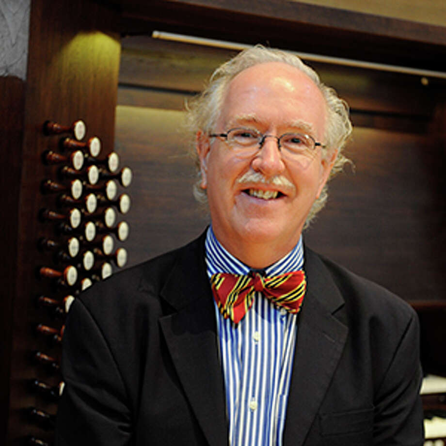 Acclaimed English Organist Colin Andrews will perform at TAMIU March 21, 2017. Photo: Courtesy, TAMIU