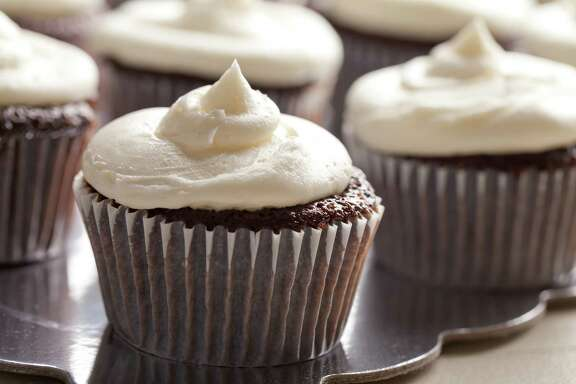 Moist cupcakes? Mayonnaise will get you there.