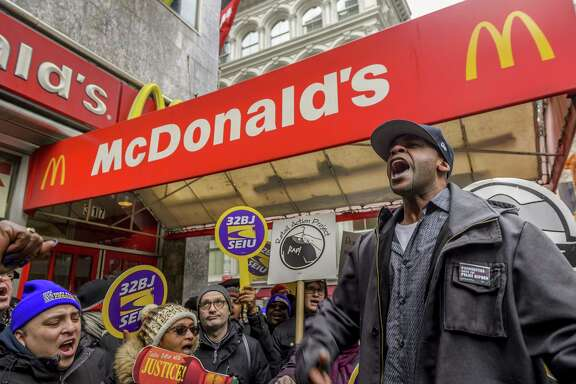 """The International Franchise Association is fighting an Obama-era definition of """"employers"""" that could have big consequences for companies that rely on franchising, contract workers or temporary staff. Franchises such as McDonald's employ about 7.6 million people across the country. An additional 4.7 percent of U.S. workers are employed by temporary help agencies or firms that contract out their labor."""