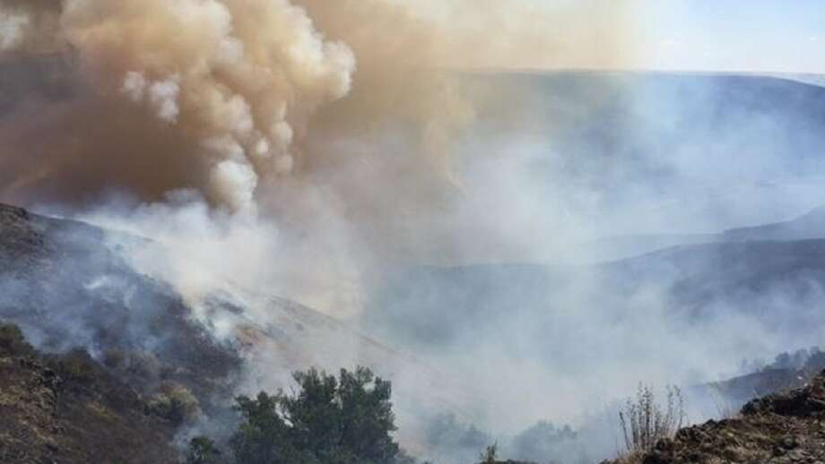 Photo: Snake River Fire On Aug. 4,  2016. (Photo From NW Strike Team,  State Department Of Natural Resources)
