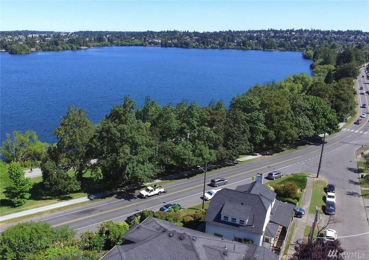 25. Green Lake Median Home Value: $728,800 Year-over-year growth: 8 percent
