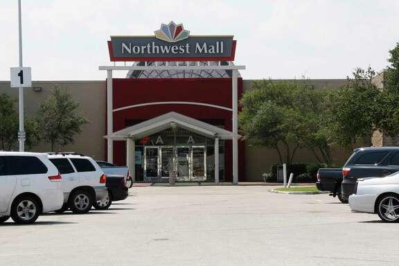 Northwest Mall near the U.S. 290, Loop 610 and Interstate 10 interchange in Houston.  ( James Nielsen / Houston Chronicle )