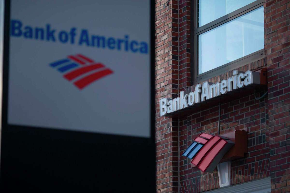 A sign for Bank of America is seen on a branch in Cambridge, Massachusetts, on March 18, 2017. / AFP PHOTO / DOMINICK REUTERDOMINICK REUTER/AFP/Getty Images