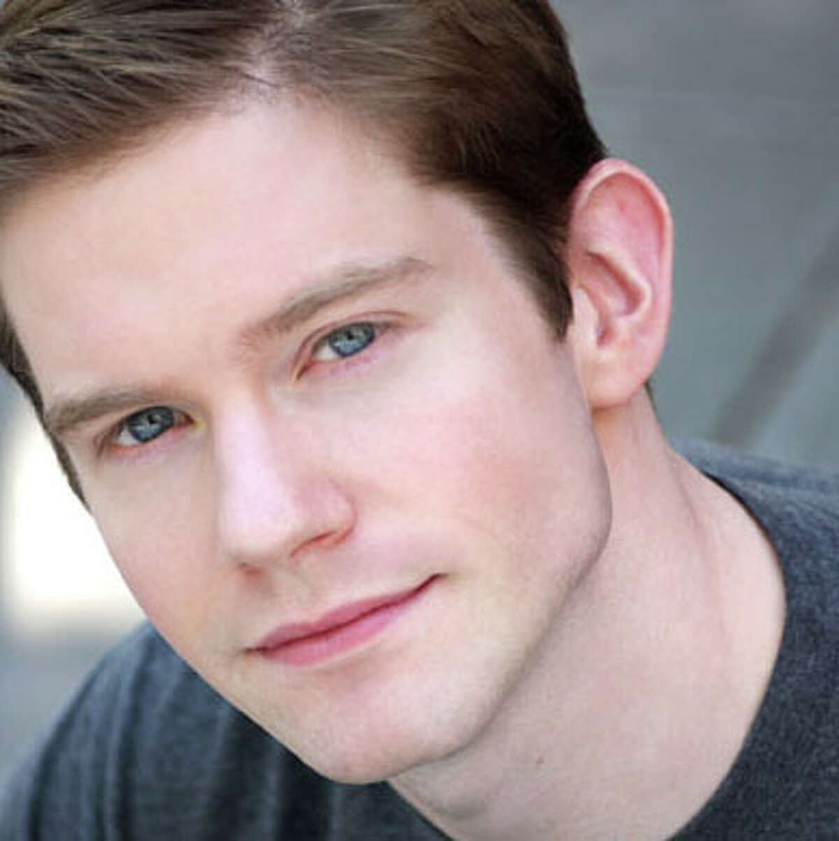 Rory O'Malley (King George) O'Malley appeared in Hamilton on Broadway, and received Drama Desk nominations for his work in