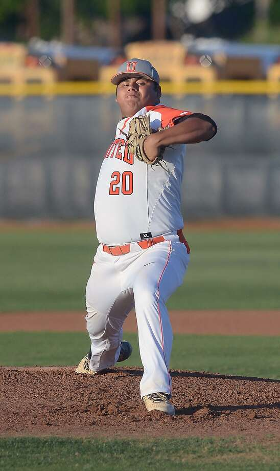 United starting pitcher Omar Cervantes was named first-team All-District. Photo: Cuate Santos /Laredo Morning Times File / Laredo Morning Times