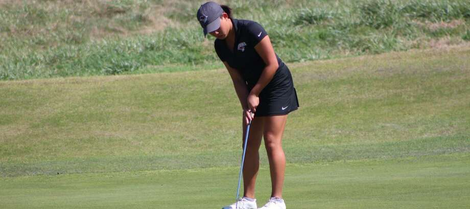 TAMIU's Rachel Yu placed 33rd at the San Marcos Fall Invitational on Tuesday. Photo: Courtesy Of TAMIU Athletics File