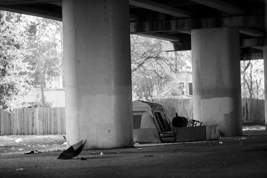 Under the Southwest Freeway on Wheeler Avenue where transient population camps. Friday, March 17, 2017, in Houston. Photo: Marie D. De Jesus, Houston Chronicle / © 2017 Houston Chronicle