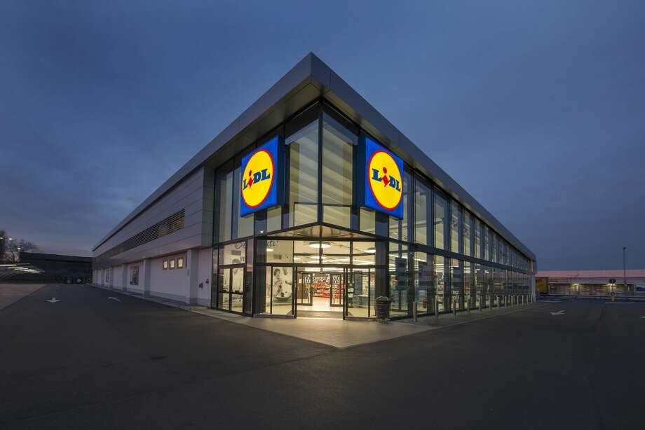 German discount grocery chain Lidl is looking at a location in Pearland, but some parents at Shadycrest Elementary wish the retailer would find a different location.SLIDESHOW: What does your favorite grocery store say about you? Photo: Lidl