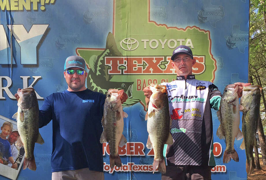 Gabe Alanis and Kelly Moore came in second place in the CONROEBASS Weekend Series Tournament with a stringer weight of 26.14 pounds. Photo: ConroeBass