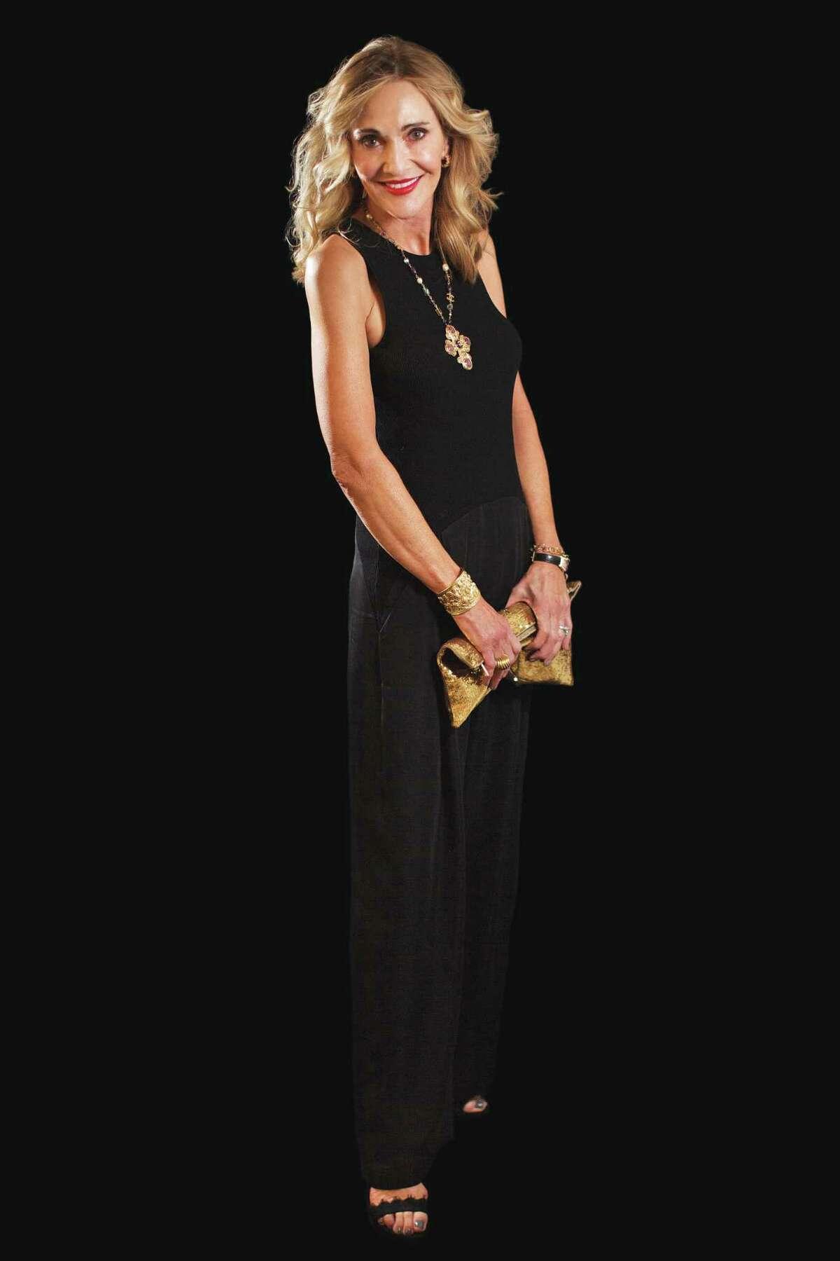 Jana Arnoldy wears Stella McCartney.