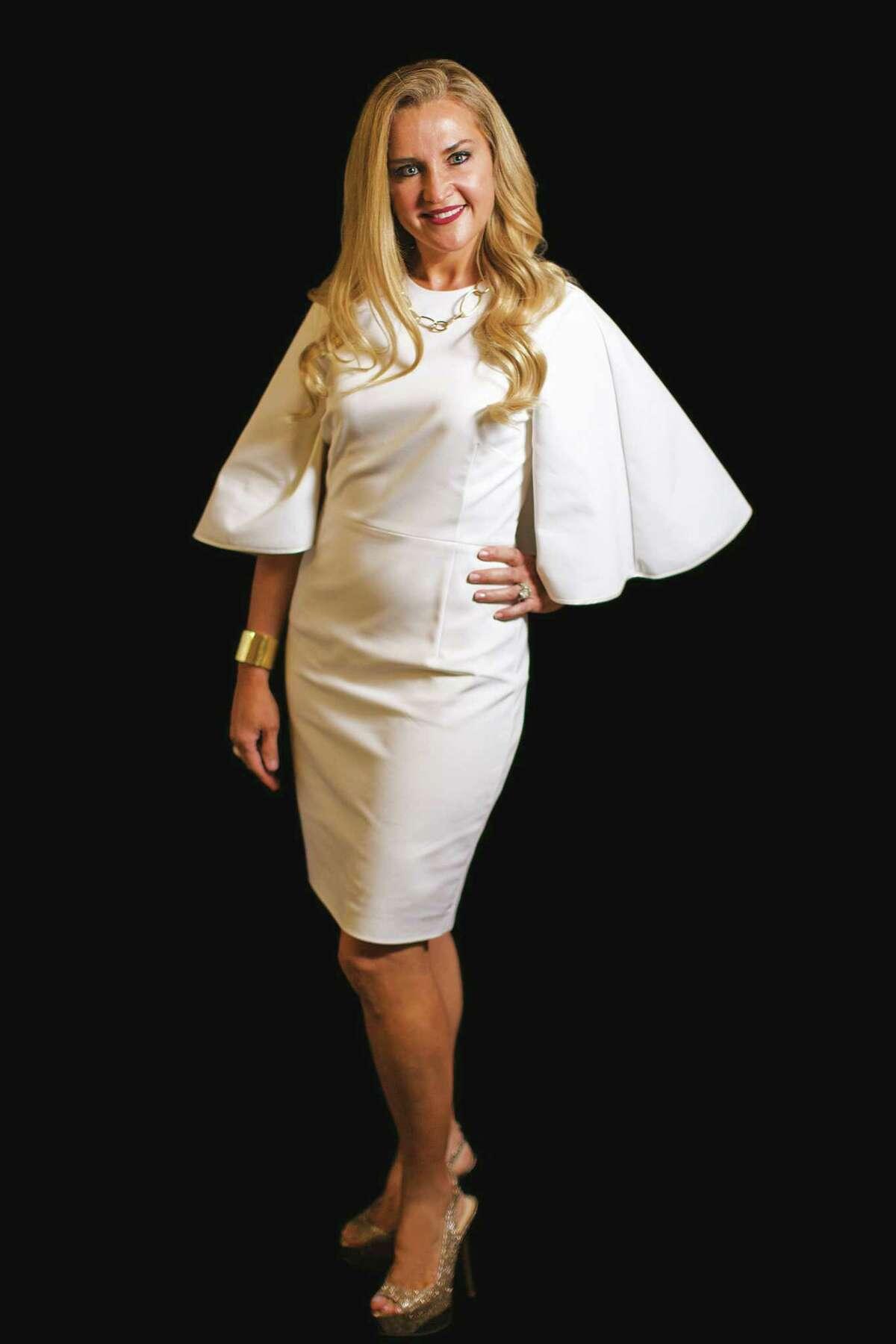 Mary D'Andrea wears Rosetta Getty.