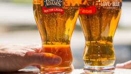Samuel Adams' perfect pint glass features a ring of laser-etched dots in the bottom of the glass that act as nucleation points for bubbles. These additional bubbles preserve a layer of foam on top of the beer and enhance the aroma.