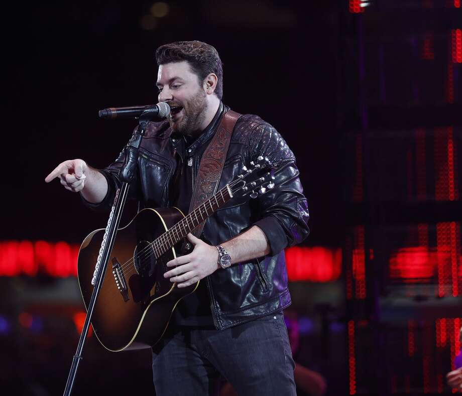 Chris Young: Chris Young Sounds Great But Some Material Not To Par With