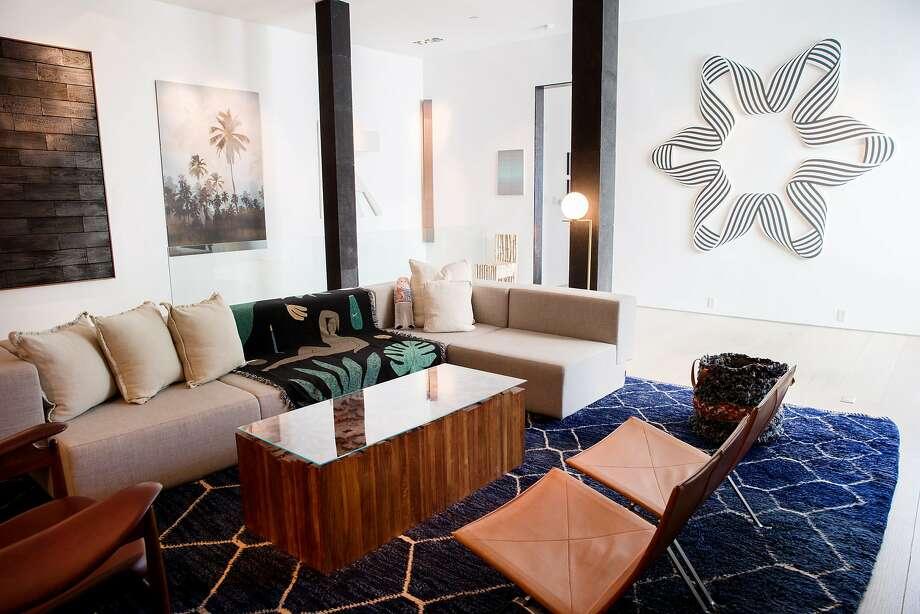 The living room of Amir Mortazavi's home. Photo: Santiago Mejia, The Chronicle
