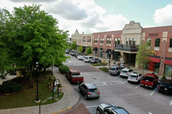 LaCenterra at Cinco Ranch, in the Katy area, is easily Vista Co.'s largest project. It has 75 shops and restaurants plus offices.