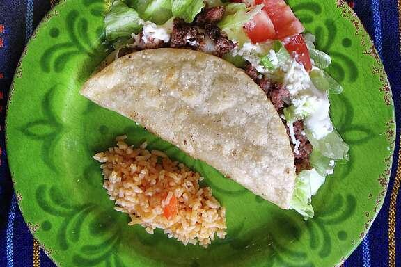 Beef taco dorado from Vida Mia on Stone Oak Parkway.