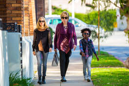"""This image released by Bleecker Street shows Amanda Seyfried, from left, Shirley MacLaine and Ann?Jewel Lee in a scene from """"The Last Word."""" (Beth Dubber/Bleecker Street via AP) ORG XMIT: NYET493"""