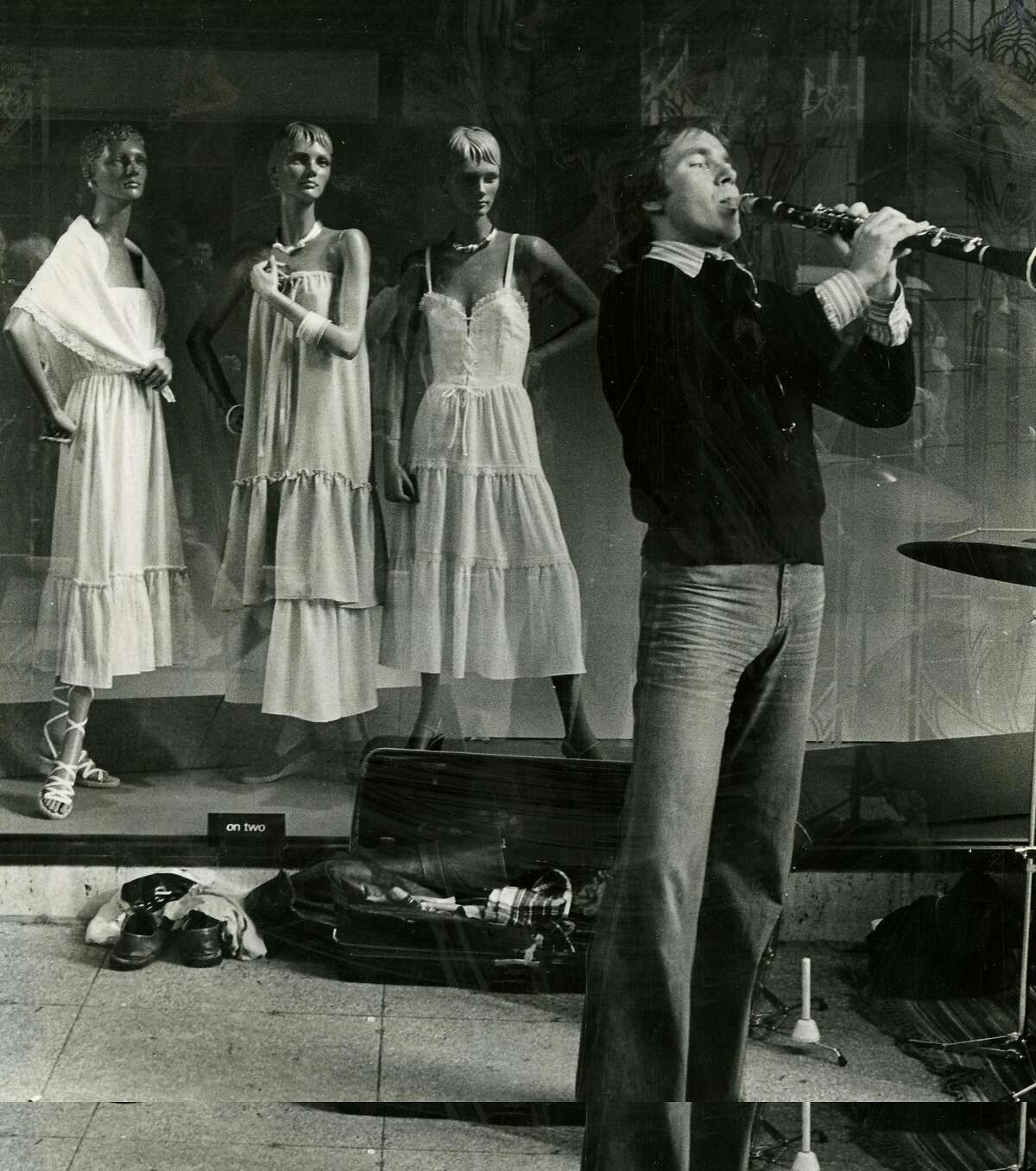 A clarinetist performs in San Francisco on Jan. 2, 1978.