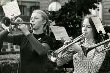 Gloria Ockenfels (right) and Lorna Bradshaw (left) performing at Union Square in San Francisco on Dec. 21, 1972.