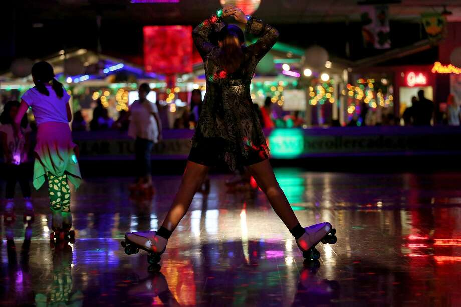 Samantha Politte, 16, skates at The Rollercade. The teen praises the roller rink for bringing her out of her shell. Photo: Edward A. Ornelas /San Antonio Express-News / © 2017 San Antonio Express-News