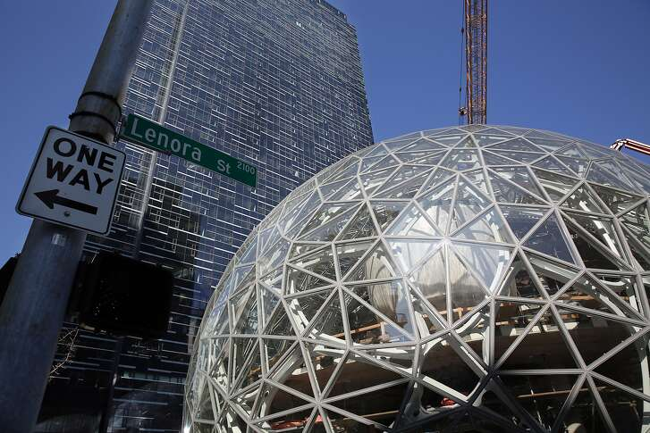Work continues on the Amazon Spheres on Sept. 30, 2016. (Genna Martin, seattlepi.com)