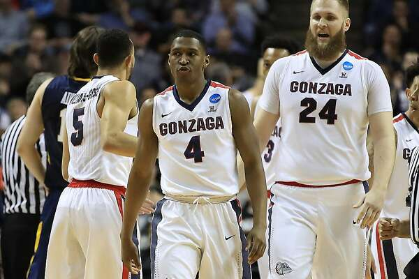 SAN JOSE, CA - MARCH 23: Jordan Mathews #4 of the Gonzaga Bulldogs reacts against the West Virginia Mountaineers during the 2017 NCAA Men's Basketball Tournament West Regional at SAP Center on March 23, 2017 in San Jose, California.  (Photo by Ezra Shaw/Getty Images)