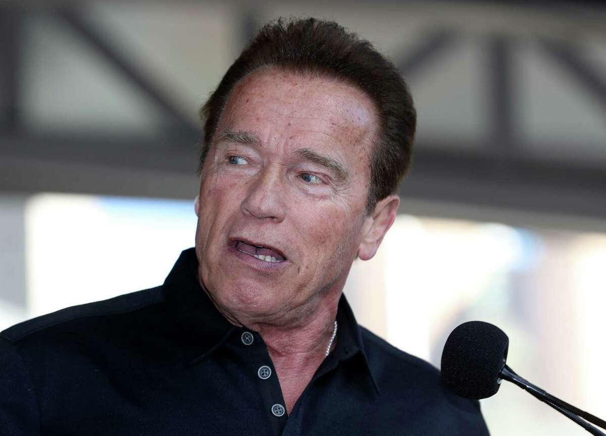 Actor and former California governor Arnold Schwarzenegger will give receive an honorary degree from UH when he delivers his commencement speech on May 12.