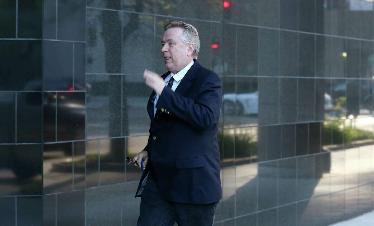 Steve Stockman enters the United States District Courthouse Tuesday, March 21, 2017, in Houston.