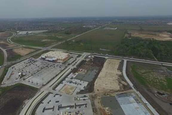 Property Commerce is developing the 438,000-square-foot Market Center at Aliana on the Grand Parkway at Harlem Road. The center will include a 124,000-square-foot Target, in addition to a recently opened 102,000-square-foot H-E-B.