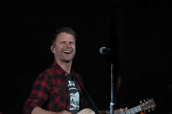 Dierks Bentley performs at the Houston Livestock Show and Rodeo at NRG Park, Friday, March 24, 2017, in Houston. ( Karen Warren / Houston Chronicle )