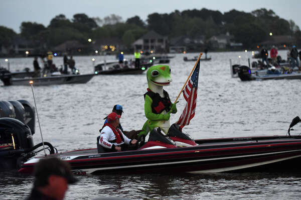 The GEICO Gecko waits to lead the parade of boats at the 2017 Bassmaster Classic at Lake Conroe Park in Montgomery on Friday, March 24, 2017. (Photo by Jerry Baker/Freelance)