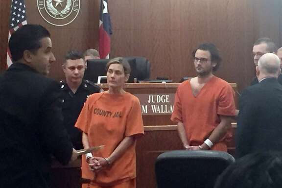 BC-TX--Murder-For-Hire Charges  A Houston veterinarian and her boyfriend are charged with trying to hire a hitman to kill their exes. Valerie McDaniel, who runs the Montrose Veterinary Clinic, and Leon Jacob, made their first appearance in court Monday, March 13, 2017.   Cell phone photos.  Best available.