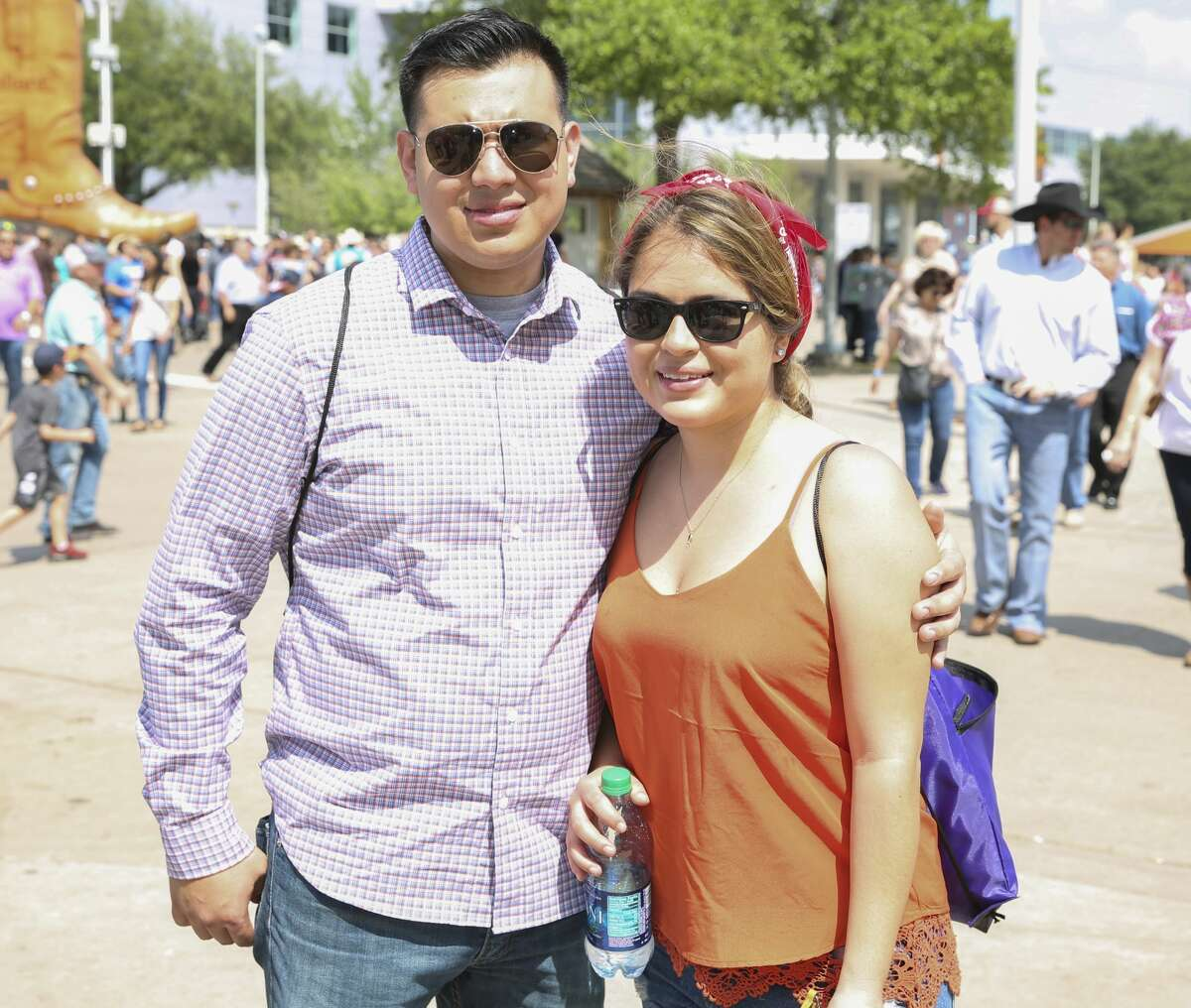 Fans of Houston Livestock Show and Rodeo and Zac Brown Band pose for a photo Sunday, March 26, 2017, in Houston. ( Yi-Chin Lee / Houston Chronicle )